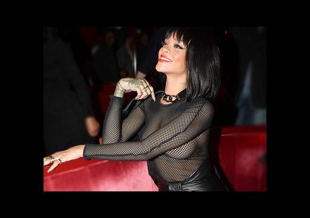 Rihanna'nın 'her şeyi' ortada...