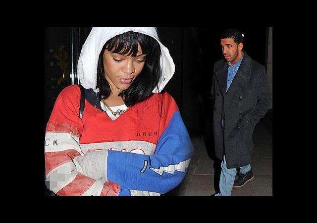 Rihanna aşkını doludizgin yaşıyor!