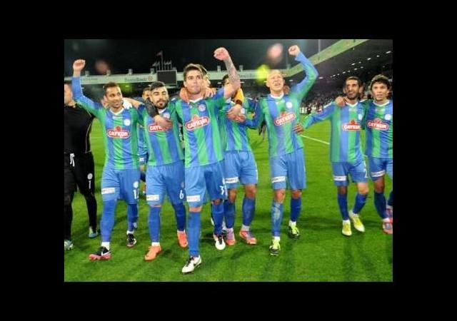 Fenerbahçe'ye Karşı Oynuyorlar