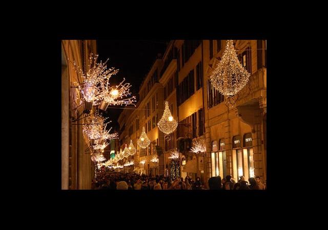 Roma Işıl Işıl...