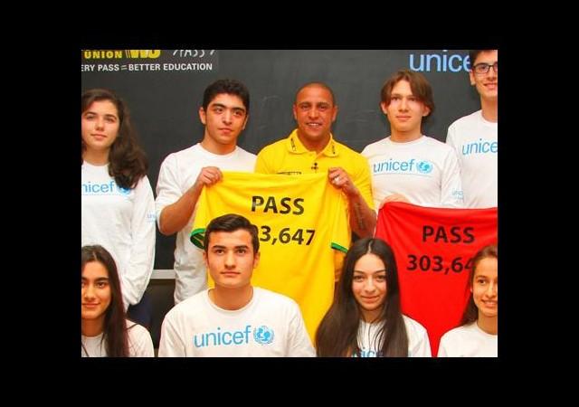 Roberto Carlos'tan anlamlı destek