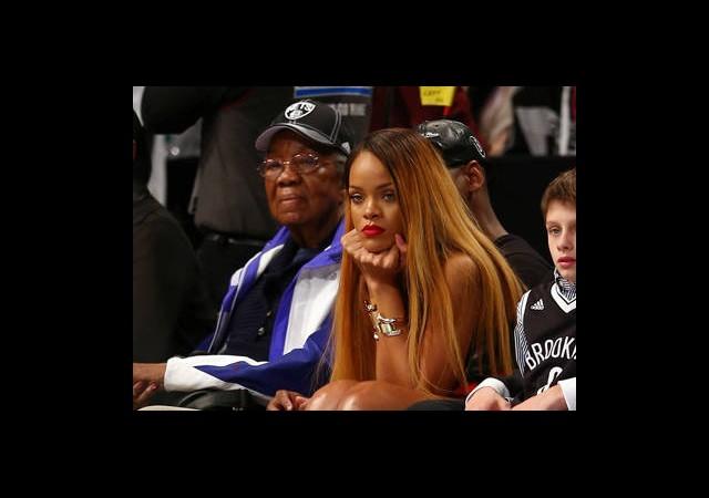 Rihanna Yine İmaj Değiştirdi