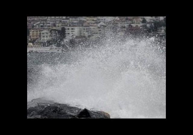 İstanbul'da fırtına can aldı