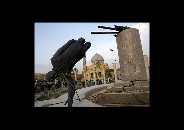 Bağdat'ta Yıkılan Saddam Heykelinin Kalçası Satılık