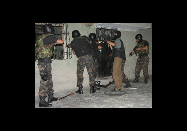 500 Polisle ''Şafak''Operasyonu