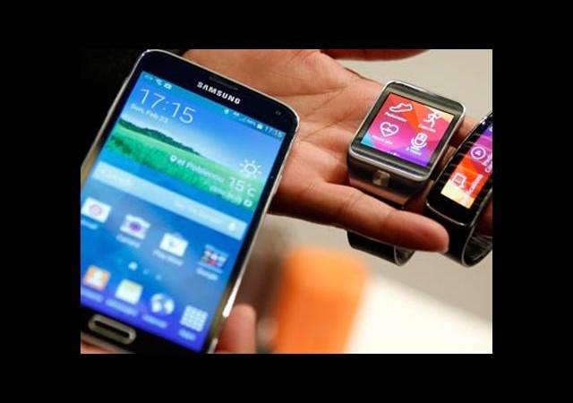 Samsung 'Galaxy S5'i tanıttı