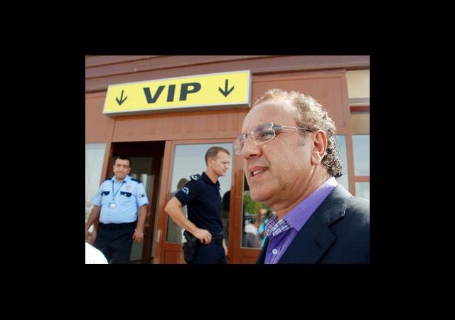 BDP'li Sırrı Sakık'ın Oğlu İntihar Etti