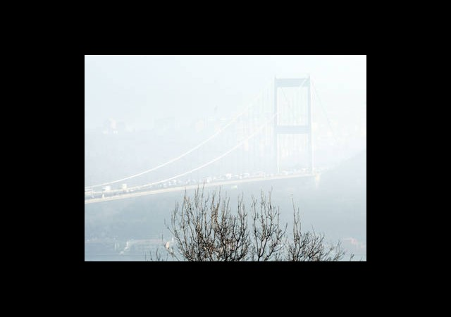 İstanbul Trafiğine Sis Engeli