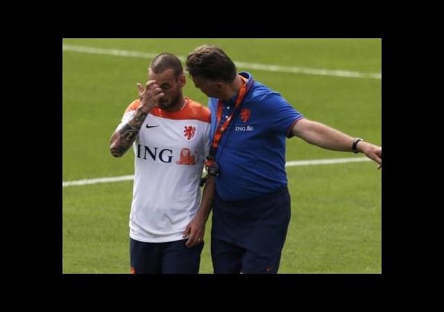 Hocası Sneijder'e inanamadı!