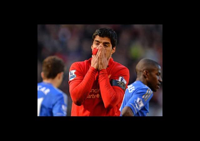 Luis Suarez'e Ağır 'Isırık' Cezası