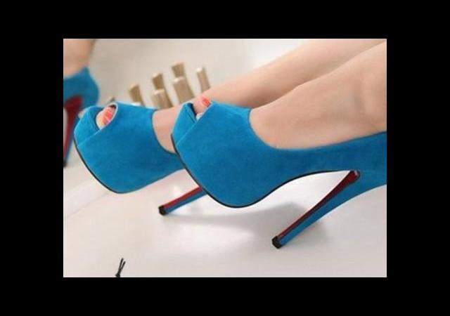 Ayakkabıdaki lekeler nasıl çıkar ?