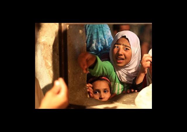 Halep'te İnsani Kriz Yaşanıyor