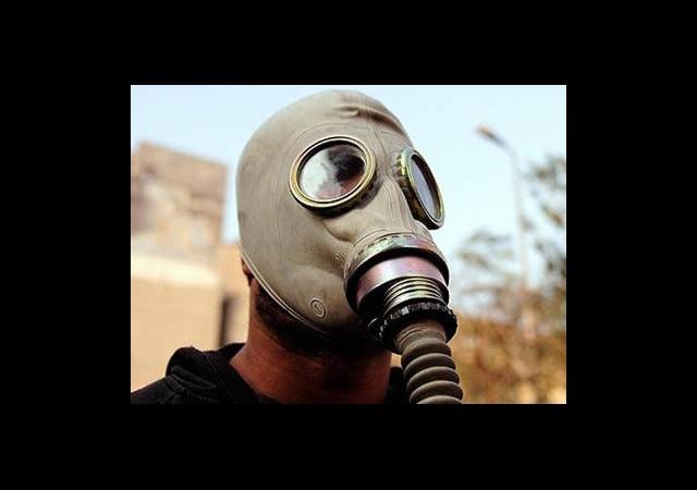 İsrail'de Halka Gaz Maskesi