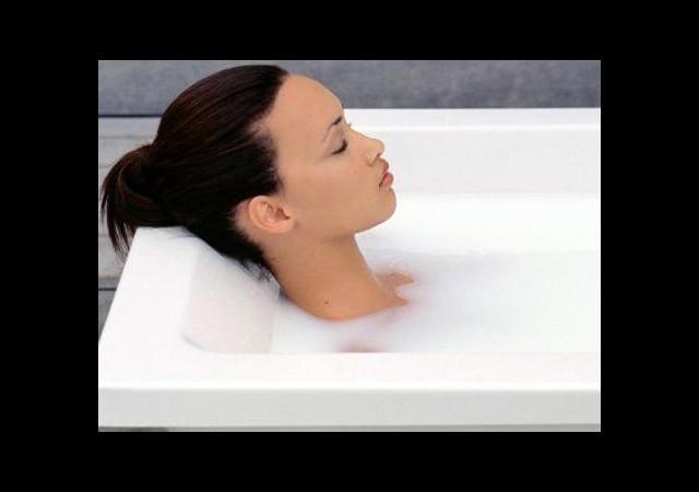 Cildinize uygun banyo sütünü kendiniz yapın