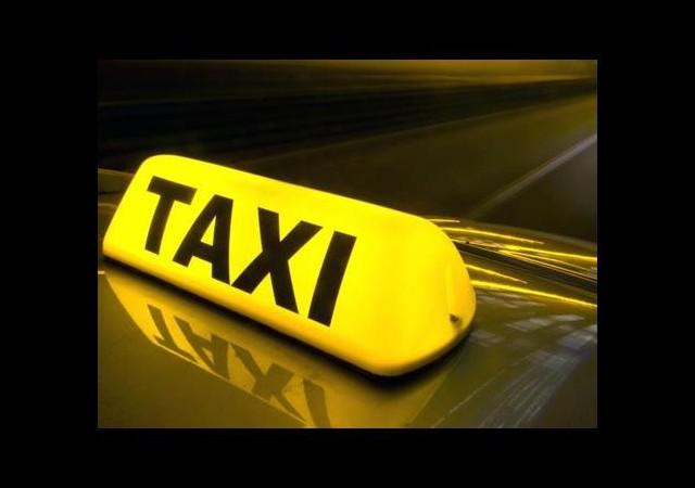 Taksi ücretini ilişkiye girerek ödüyorlar!