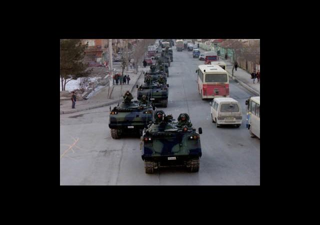 Tankları Yürüten Komutan İçin Tutuklama İstemi