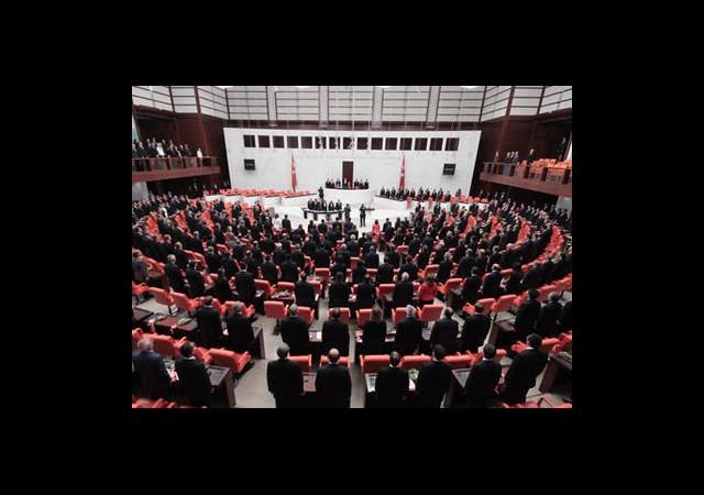 Milletvekillerine Kriptolu Cihazlar Geliyor