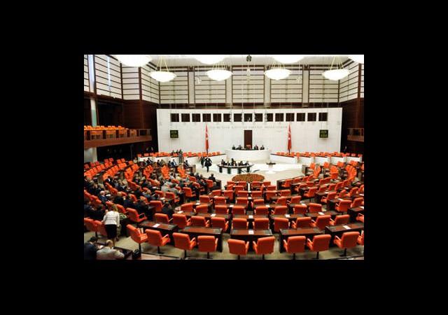 Meclis'te Çoğunluk Sağlanamadı!