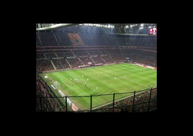 Türk Telekom Arena'da Kapasite Artırılacak!