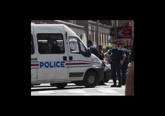 Terör Örgütüne Fransa'da Ağır Darbe