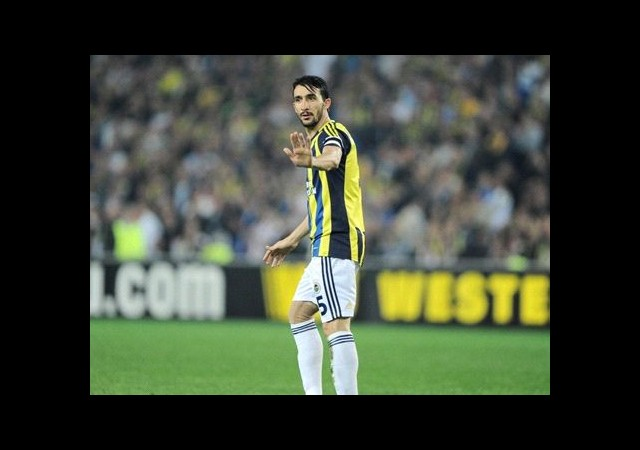 Fenerbahçe'de Mehmet Topal Endişesi