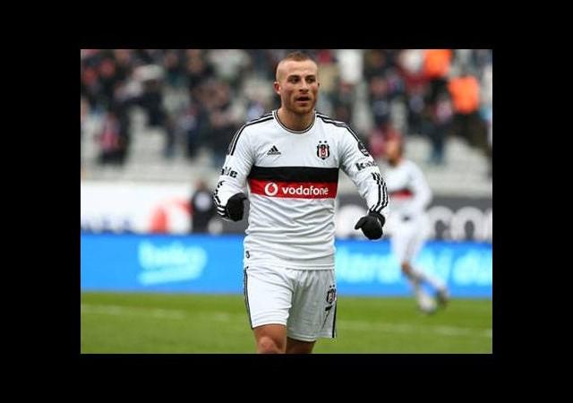Atletico Madrid Beşiktaş'ın yıldızını izledi!