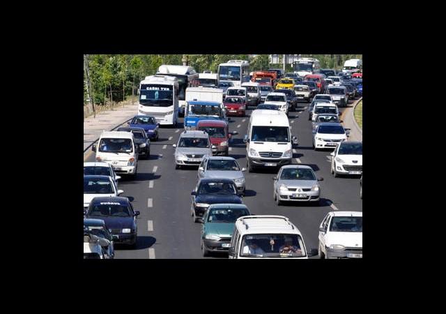 Trafikteki Araç Sayısı Azaldı