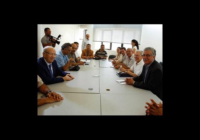 Tunus Muhalefeti Meclisin Feshinde Israrlı