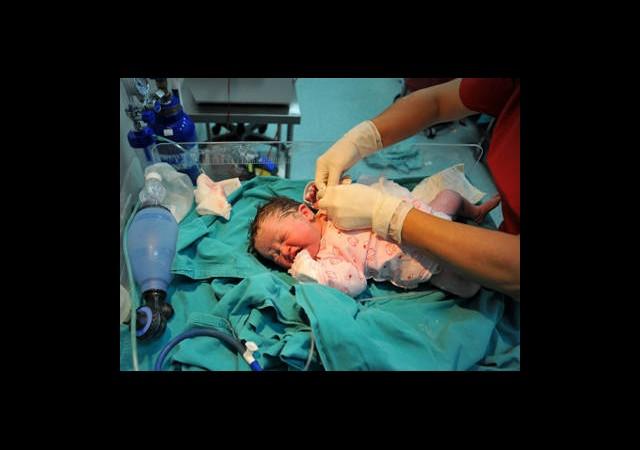 40 Bin Doğumdan Biri Tüp Bebek