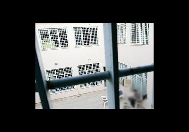Polis-Vatandaş Tartışmasında Tutuklama