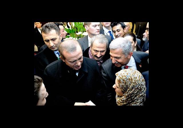 Başbakan Erdoğan'a Otel Çıkışı Sürpriz