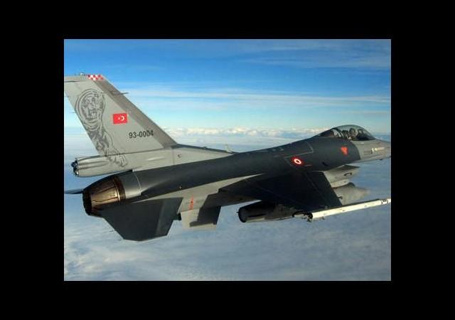 F-16'lardan Musul'a keşif uçuşu