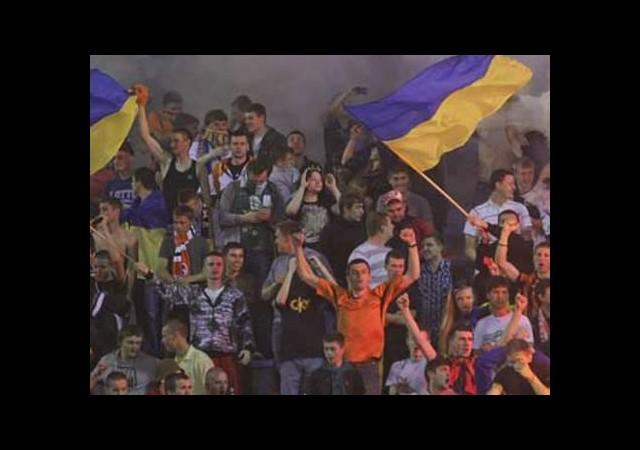 Ukrayna'da futbola engel yok
