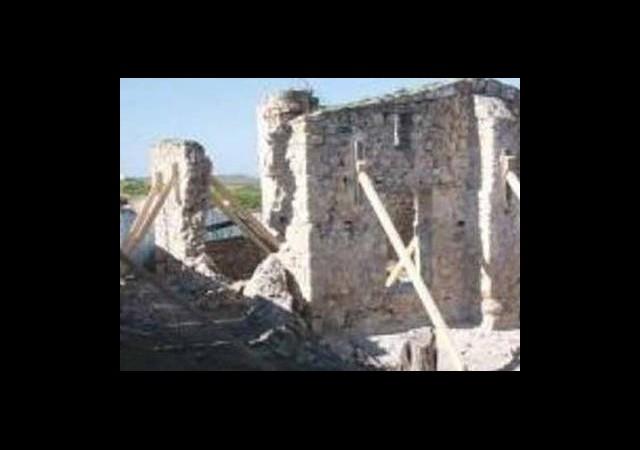 Camiye Saldıran 3 Rum Yakalandı