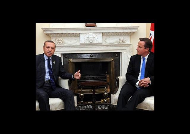 Erdoğan, Cameron İle Telefonla Görüştü
