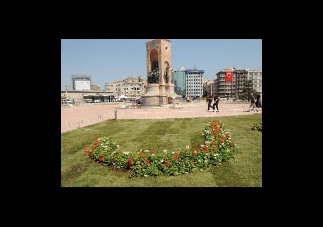 Gezi Parkı'na 80 Ağaç Daha