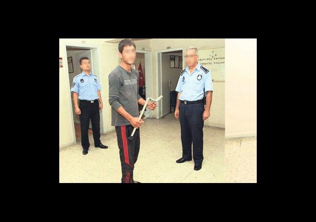 Antakya'da Dilenci Polisi Görünce Düzeldi