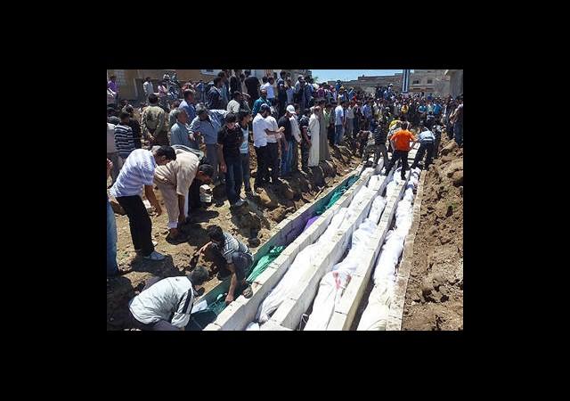 Suriye'de Ölenlerin Sayısı 100 Bini Aştı