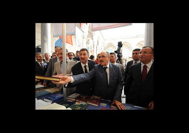 Arakan Yeni Bir Srebrenitsa Olmasın
