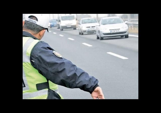 Klipte Trafik İhlali Yapan Ünlülere Ceza