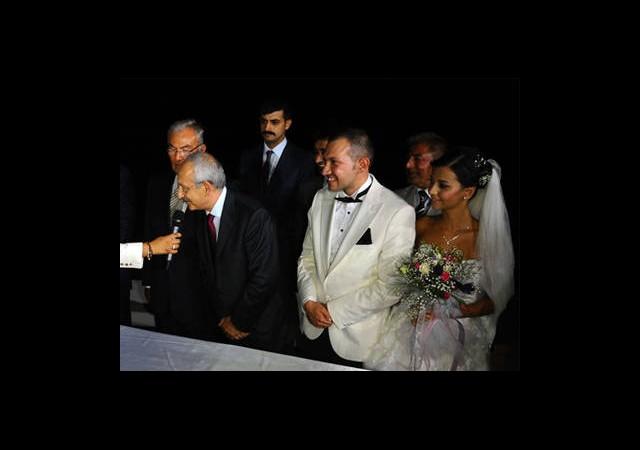 Deniz Baykal ve Kemal Kılıçdaroğlu Şahitlik Yaptı