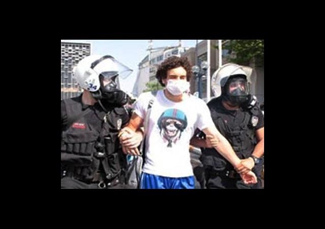 'Gezi'de İlk Tutuklama