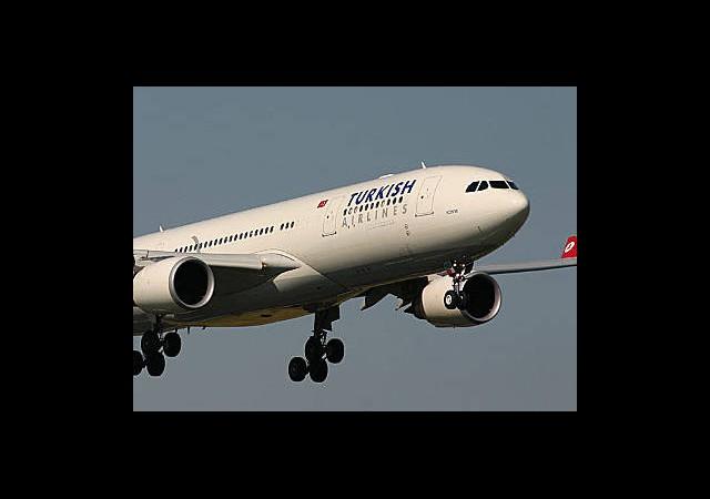 İki Türk Pilot Kaçırıldı!