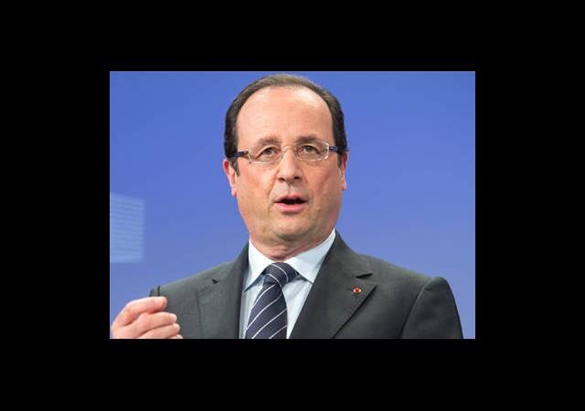 Hollande Suriye'ye Müdahale için Tarih Verdi