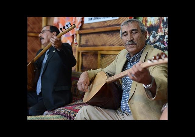 ''Aşıklar Yatağı'' Sivas'ta 400 Yıldır Yaşatılan Gelenek
