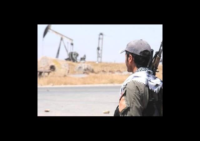 Esad Petrol Kuyuları İçin PYD İle Anlaşmış