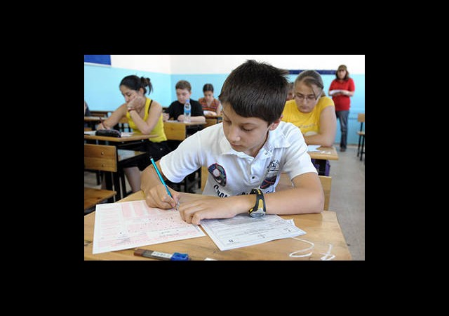 3 Yılda Tek SBS Yerine 36 Ayrı Sınav