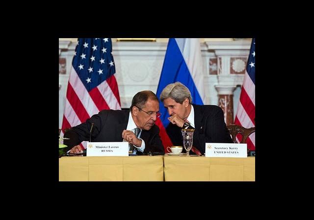 Lavrov ABD'yi Suriye Konusunda Uyardı