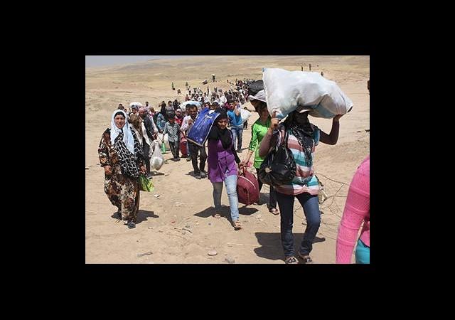 3 Günde 15 Bin Kişi Suriye'ye Sığındı