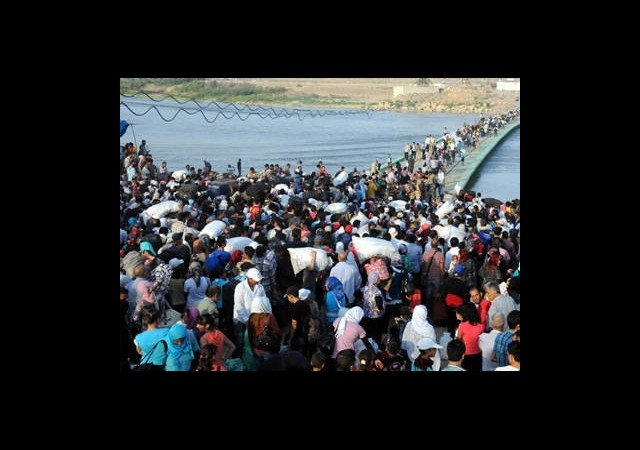 20 Bin Kürt Sınırı Geçti